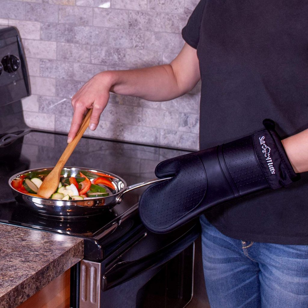 Black silicone oven mitts - photo 2