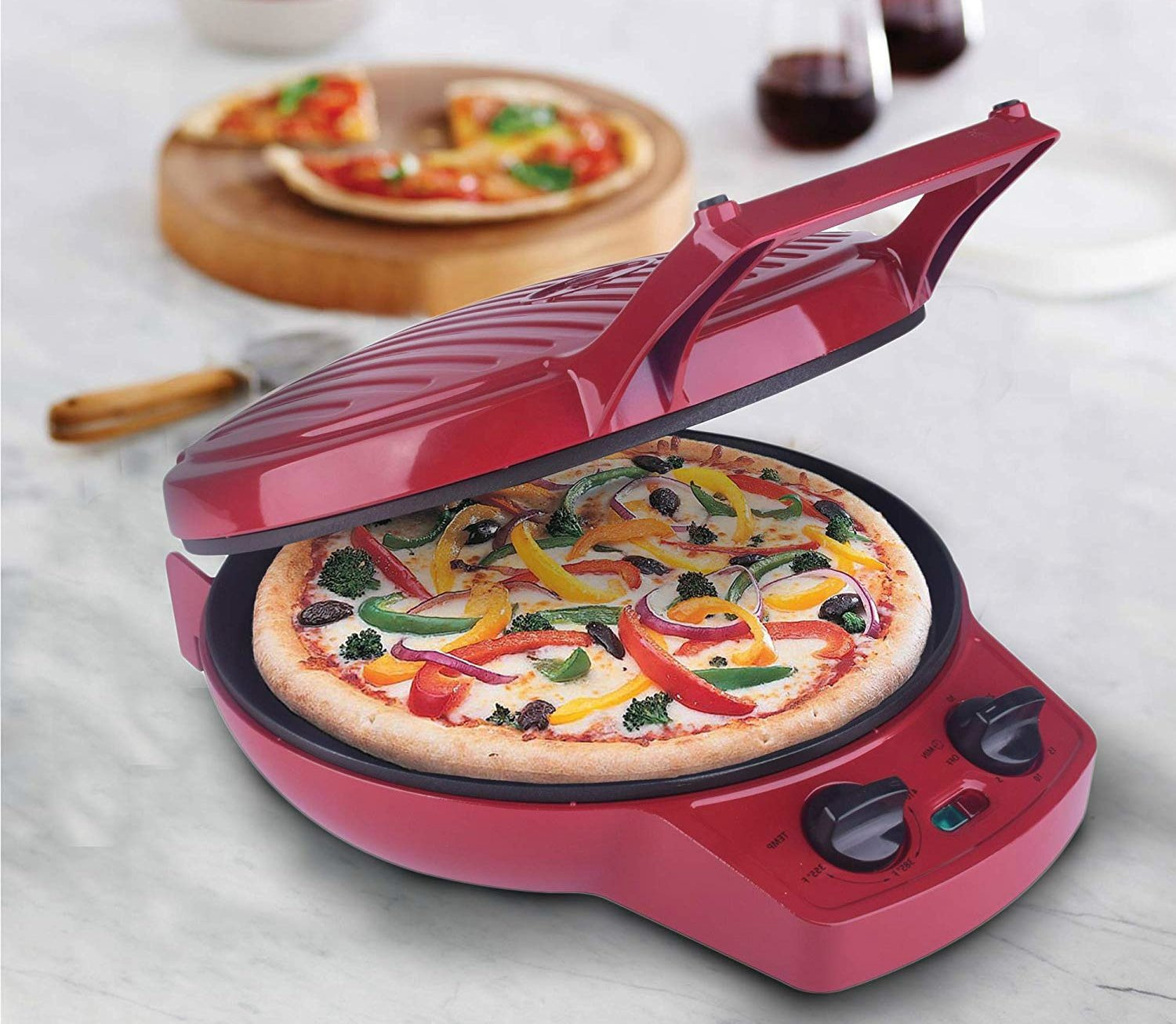 Courant Pizza Maker: A Great Tool for Pizza Enthusiasts
