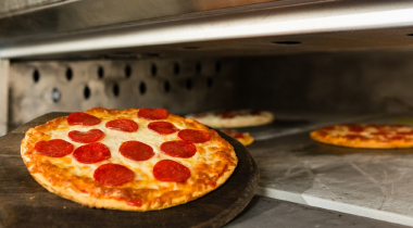 How to Keep Pizza Warm in the Oven: Best Ways